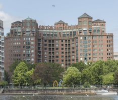 403-3841 Charles River Cruise